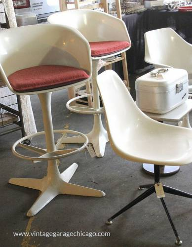 Midcentury Modern is hot at the Vintage Garage Chicago. 3rd Sunday in May, Uptown.