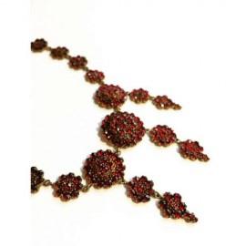 Victorian Garnet Necklace at vintage Garage Chicago 3rd Sunday Uptown or Chicago Vintage Clothing and Jewelry
