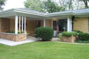 Mid century modern home for sale in Michigan city Indiana