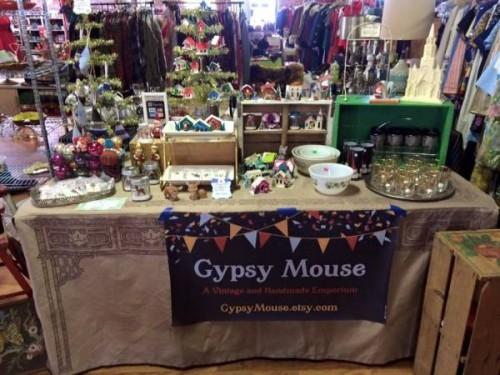 Gyspy Mouse at the Vintage Garage Chicago.