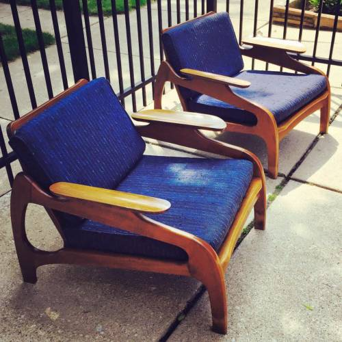 Midcentury Modern Chairs at the Vintage Garage Chicago